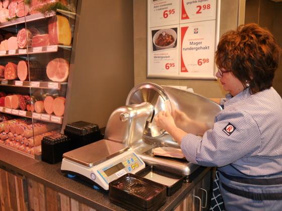 4 vleeswaren afsnijden 560x420