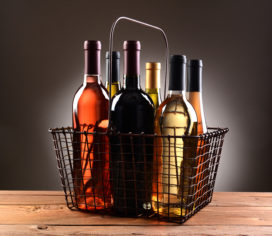 Kort geding tegen alcoholverkoop bij kapper en boekhandel op 5 juli